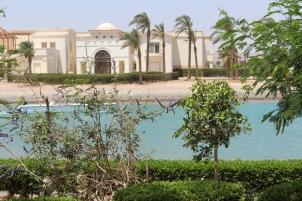 Villa gegenüber des Hotels...